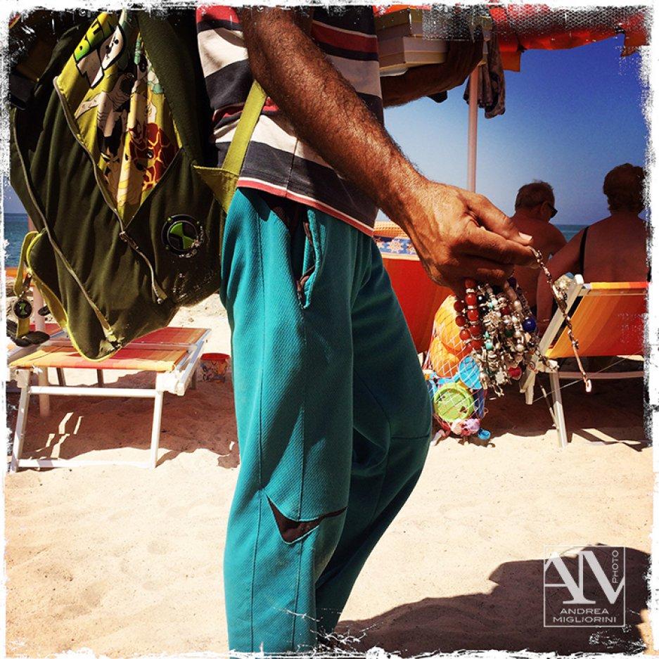 Photo Reportage Mare Venditori Ambulanti Spiaggia La Mazzanta Vu Cumprà